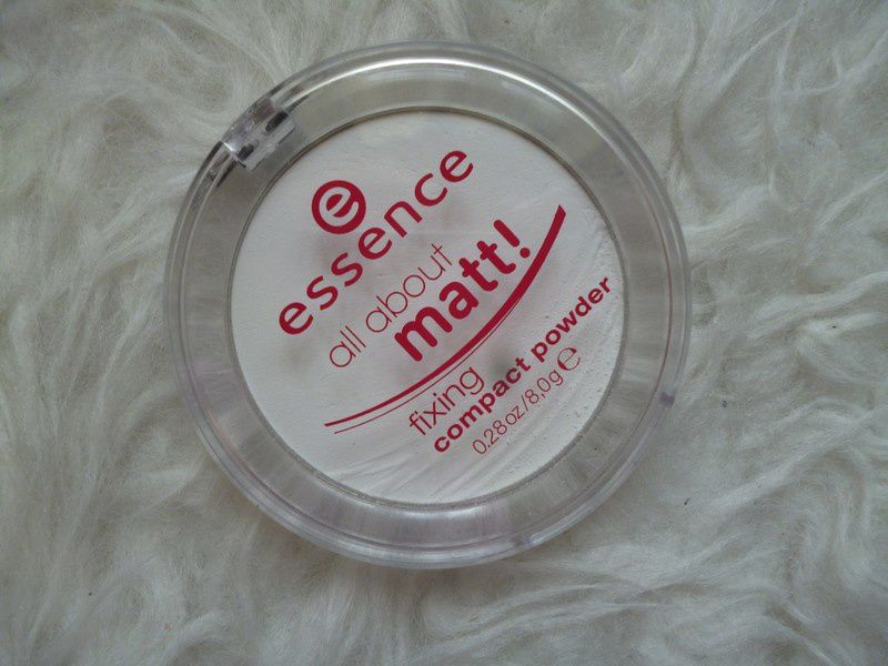 Review: essence all about matt fixing compact powder