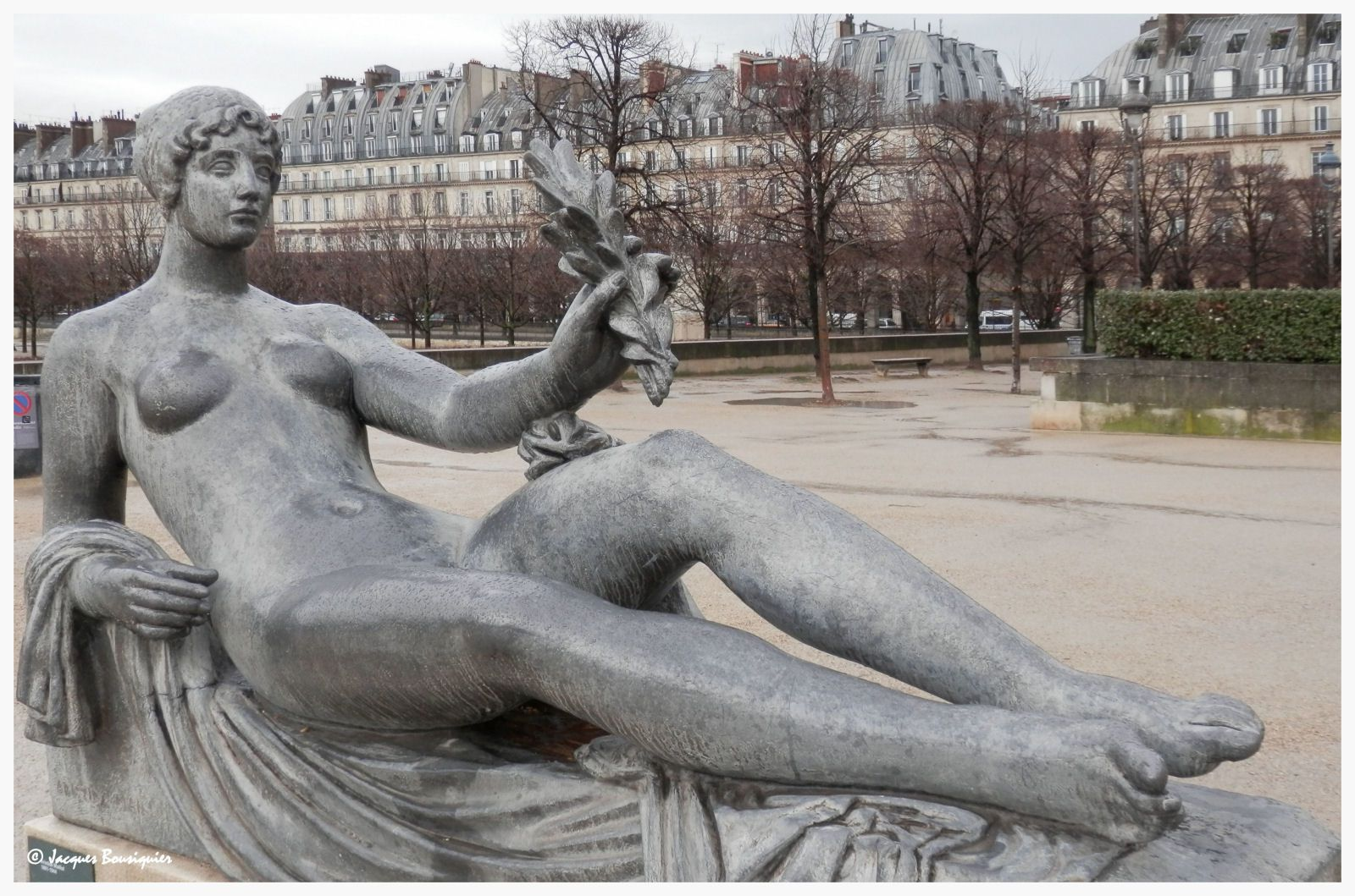 Maillol au jardin des tuileries paris art en images for Au jardin paris