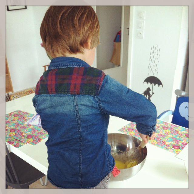 Mon petit pâtissier en action...