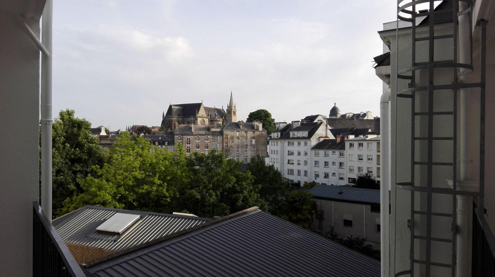 La vue de ma chambre d'hôtel, pas mal...