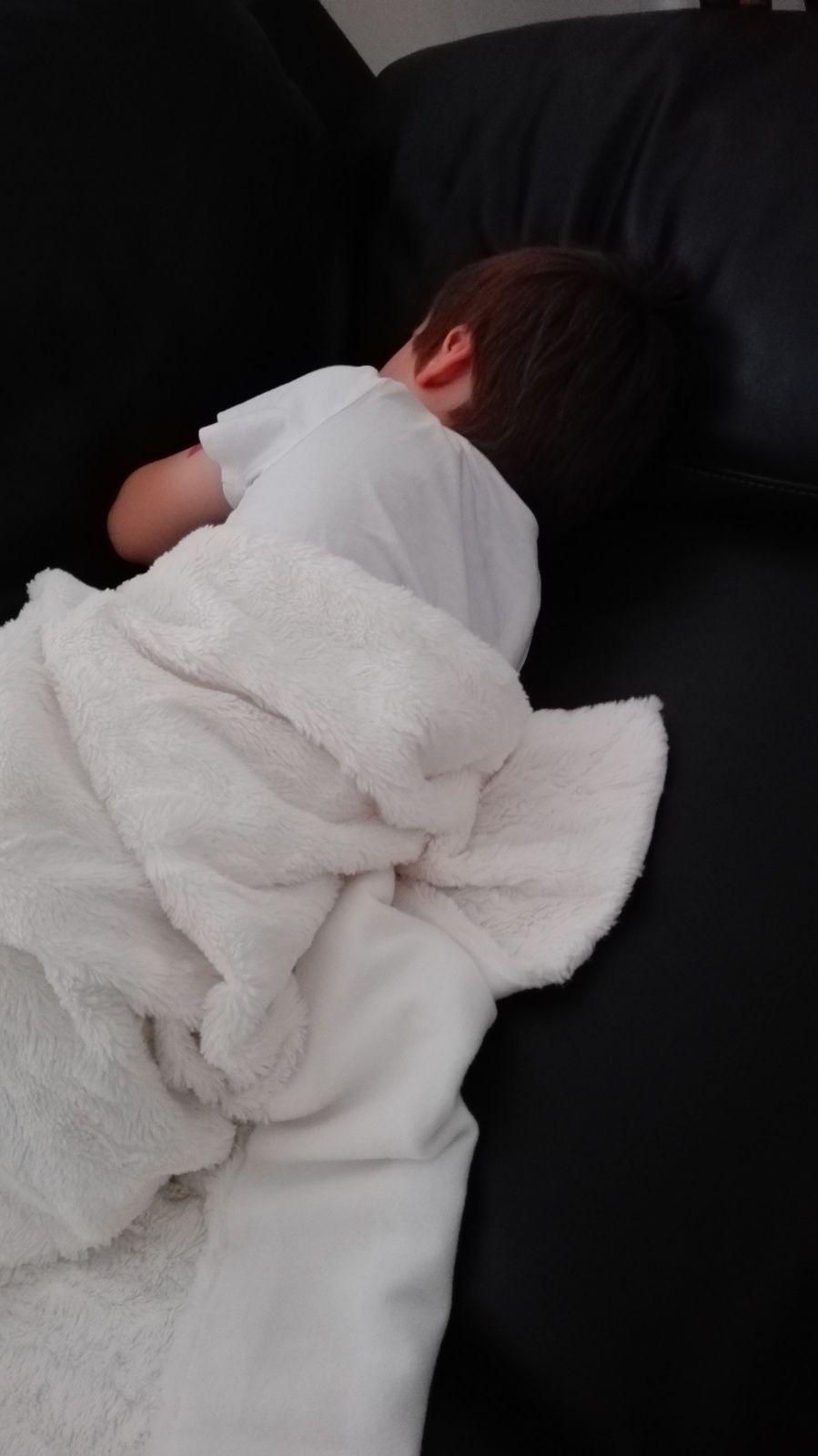 Mon loulou si petit quand il dort...