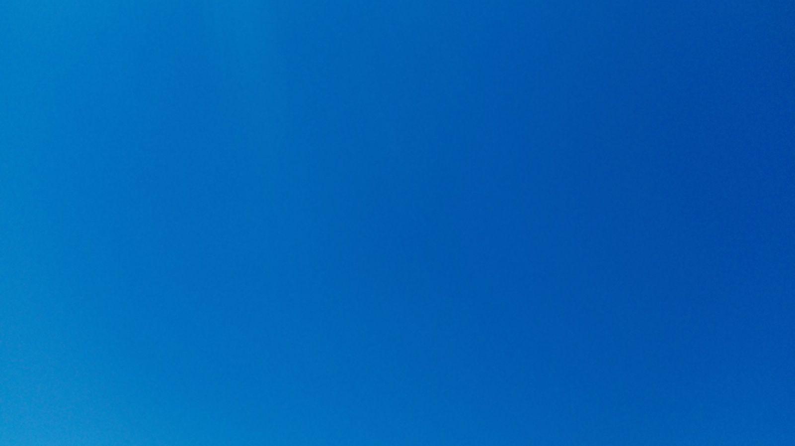Ciel bleu en Bretagne