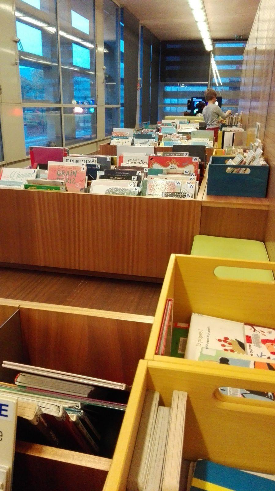 Passage à la bibliothèque