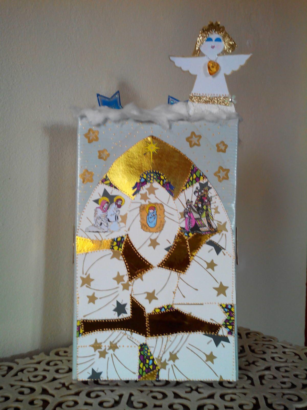 LES CREATIONS MAISONS  DU PETIT VILLAGE DE L'AVENT (5)