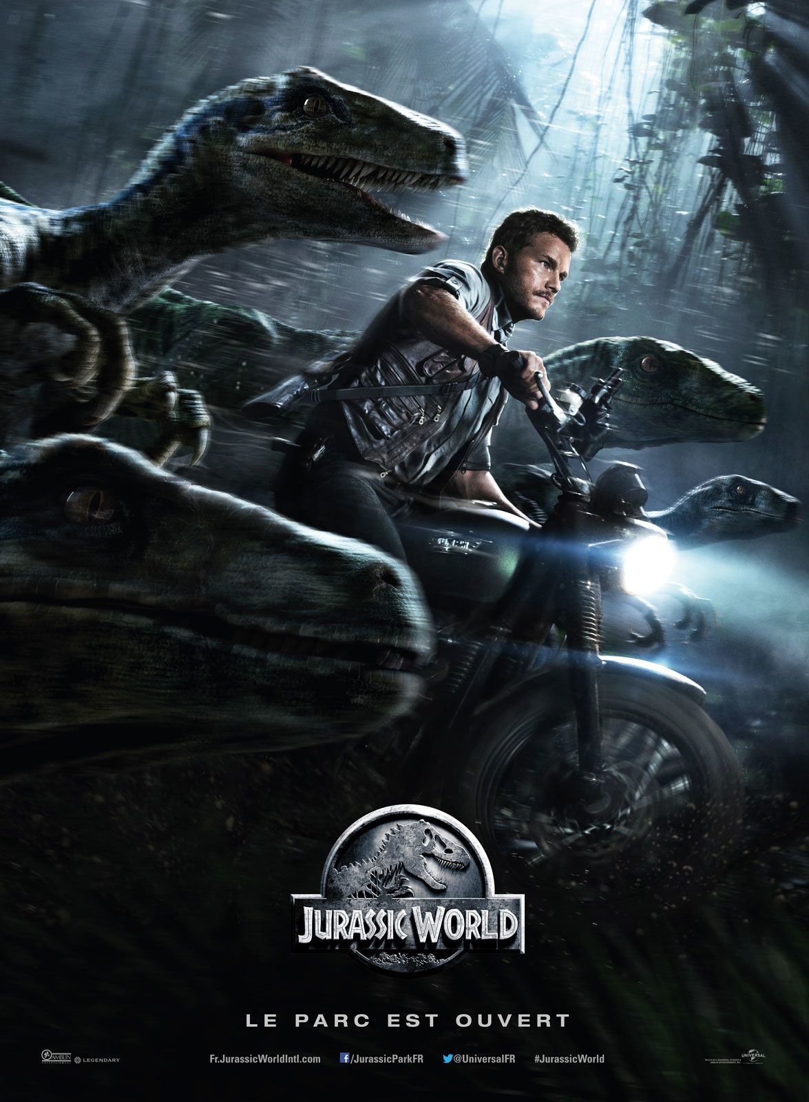 """FILMS - #1 : """"Jurassic World"""" de Colin Trevorrow. La renaissance de la franchise de mon film préféré ever, un chef d'oeuvre (que j'avais prédit haha!) que je suis allé voir trois fois."""