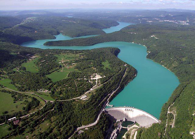 Le barrage et sa retenue