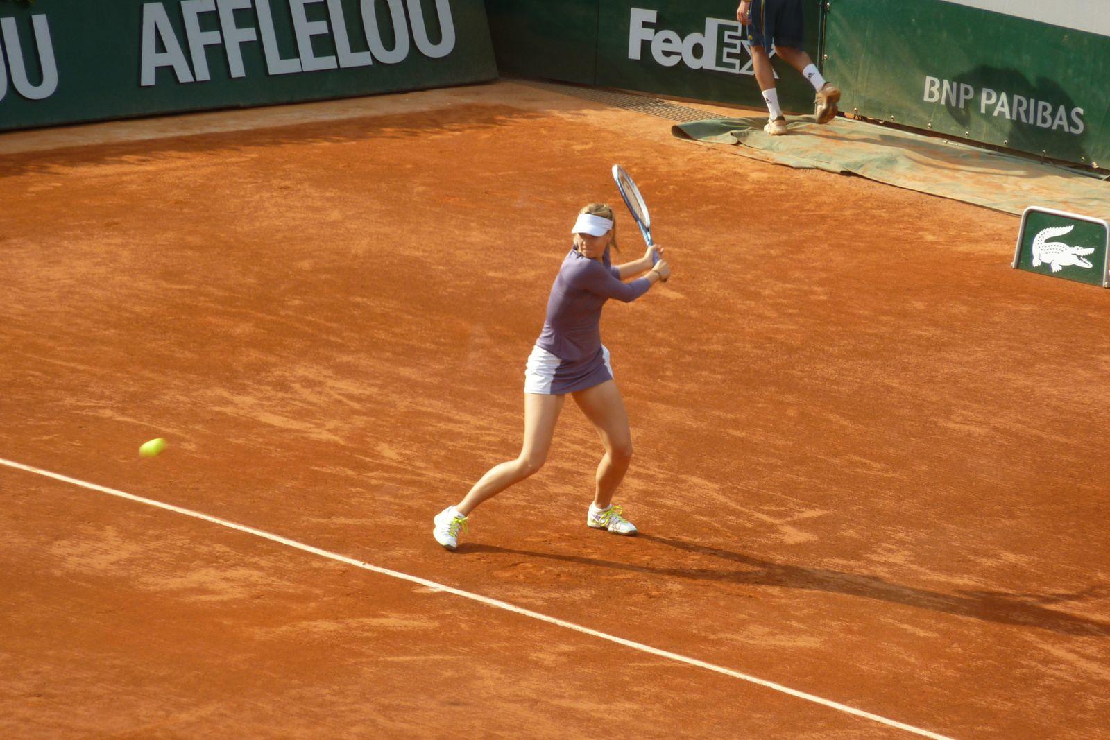 La belle Maria Sharapova et son revers à deux mains