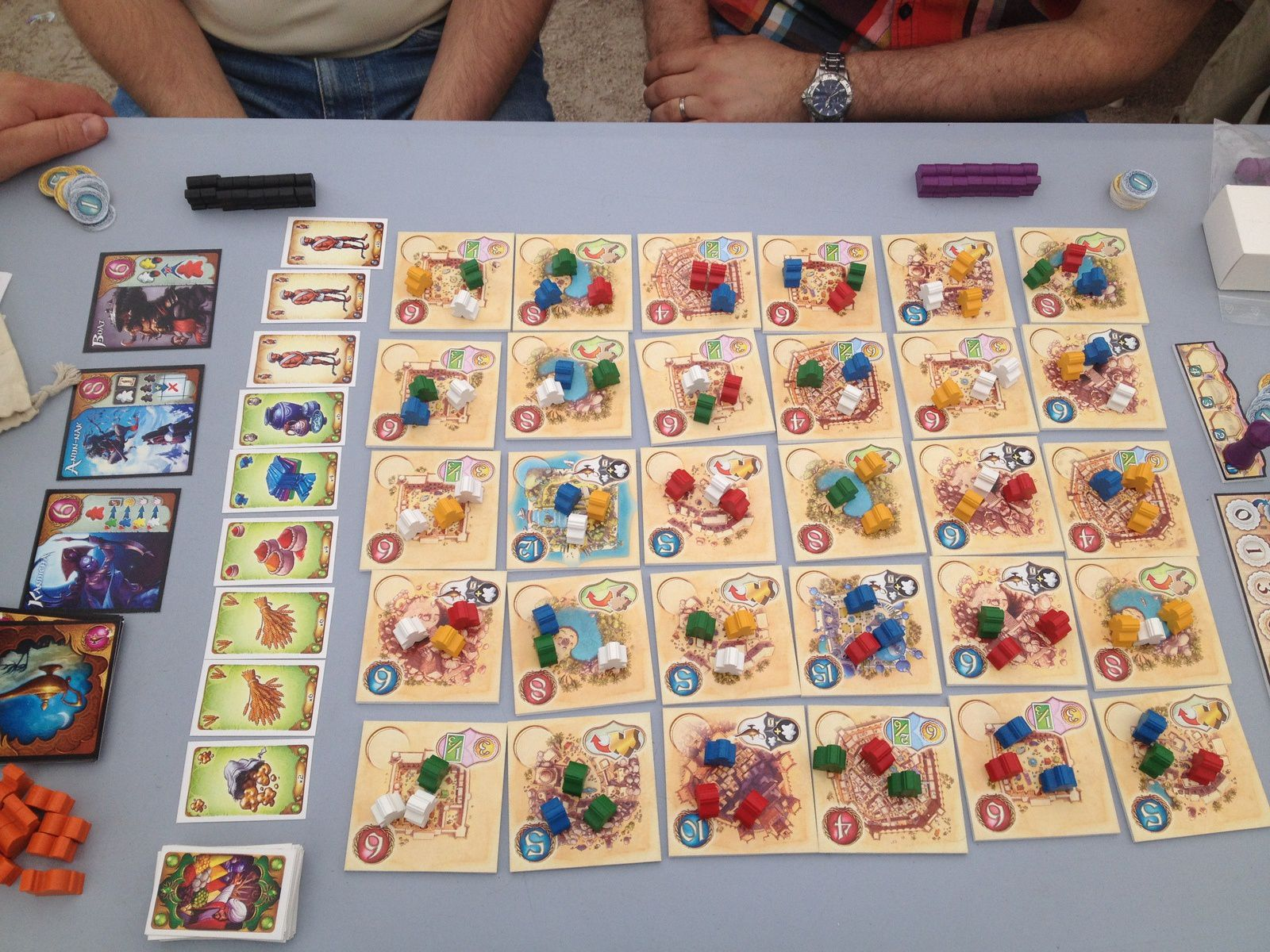Le superbe Five Tribes de Bruno Cathala chez Days of Wonders