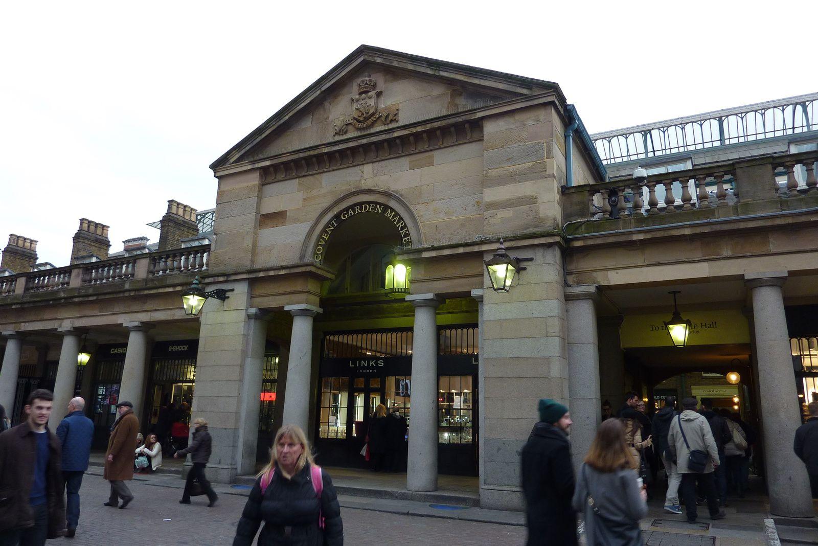 L'entrée de Covent Garden, un lieu très fréquenté et très agréable