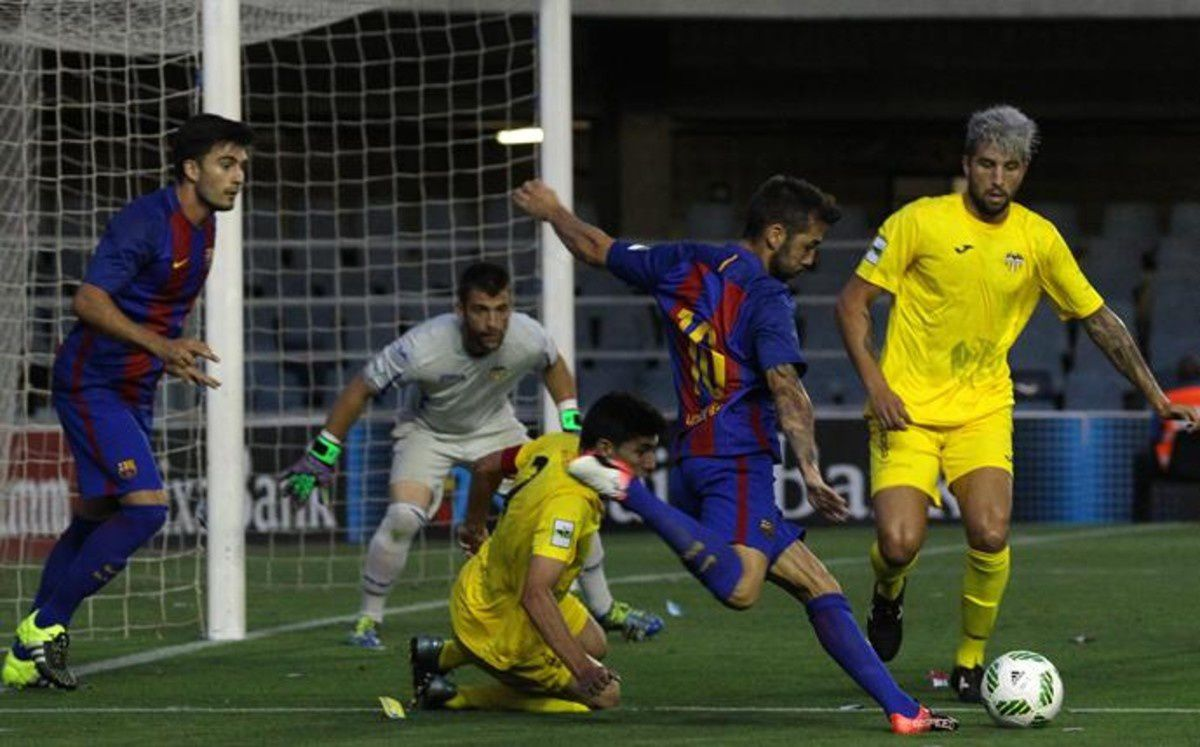 Football Barça B : FC BARCELONA B - At. Saguntino 3-1 (2-1). Liga Segunda Division B. Groupe 3. 1ère Journée.