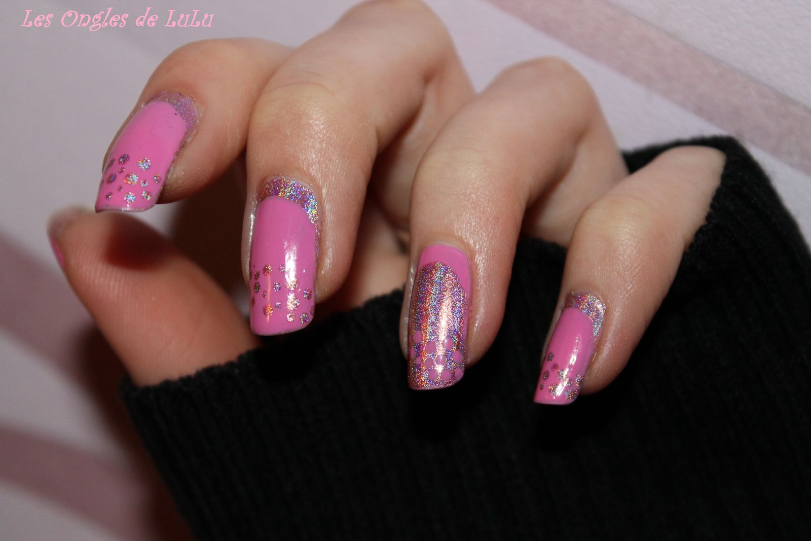 Girly halo graphic