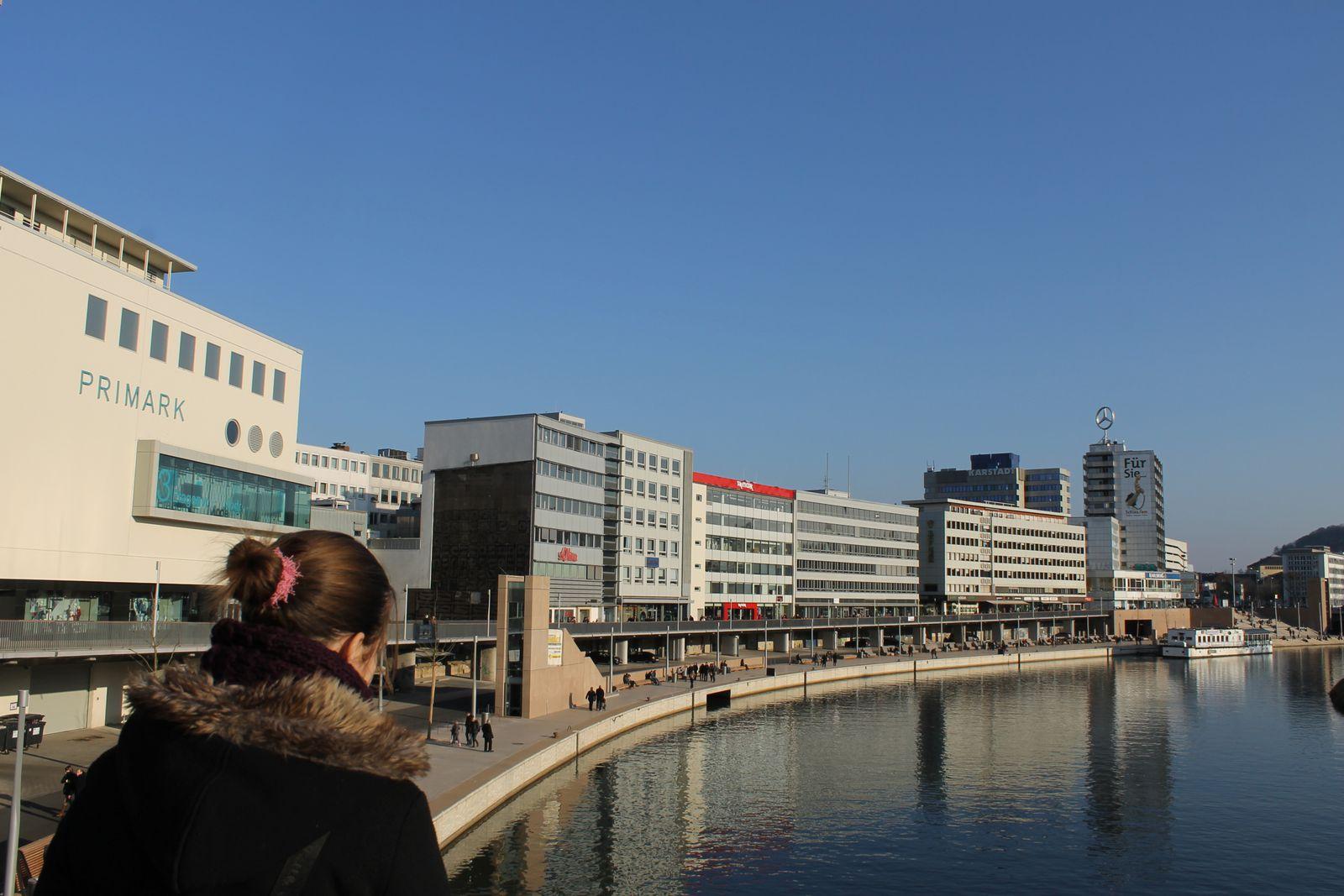 Saarbrücken (visite plus prévue pour bosser un exposé que pour les boutiques... mais quand même 4 nouveaux vernis...^^)