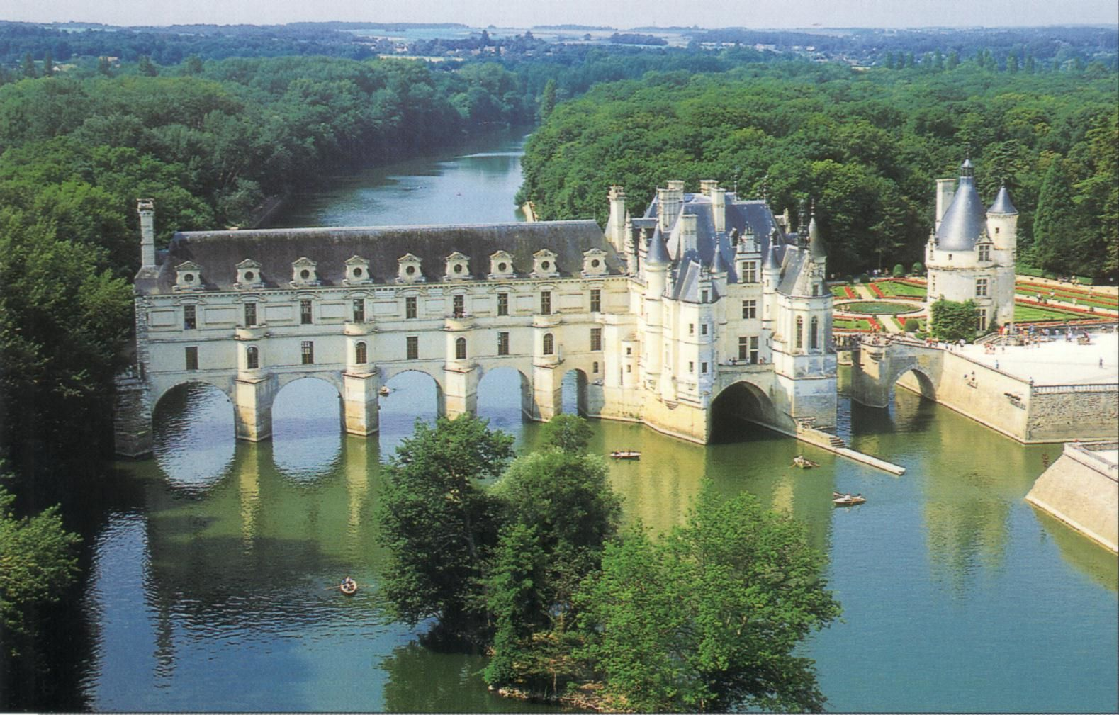 le ch teau de chenonceau une architecture du bord de l eau partie 2 a la d couverte des. Black Bedroom Furniture Sets. Home Design Ideas