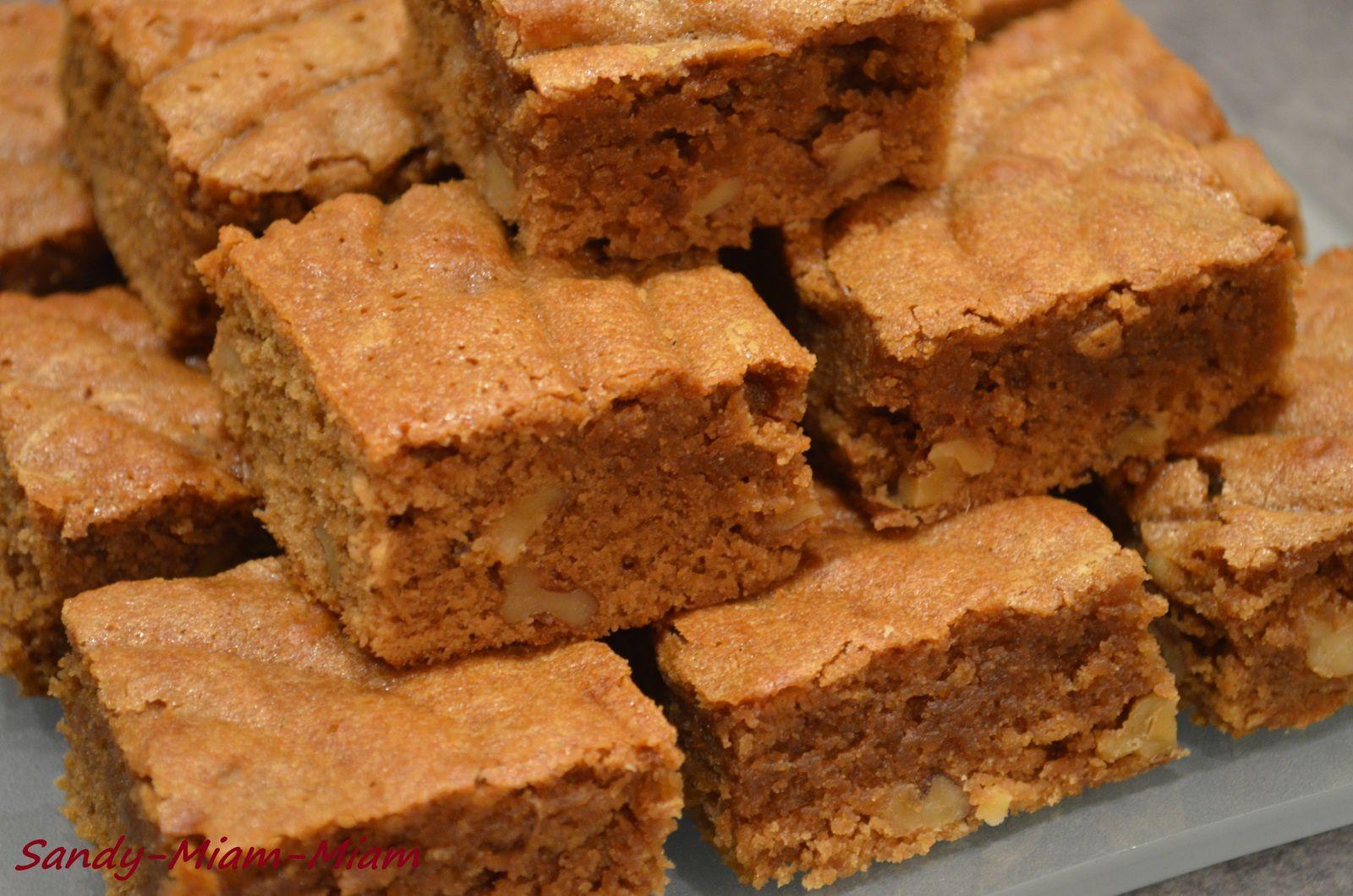 Brownies à la pralinoise et aux noix