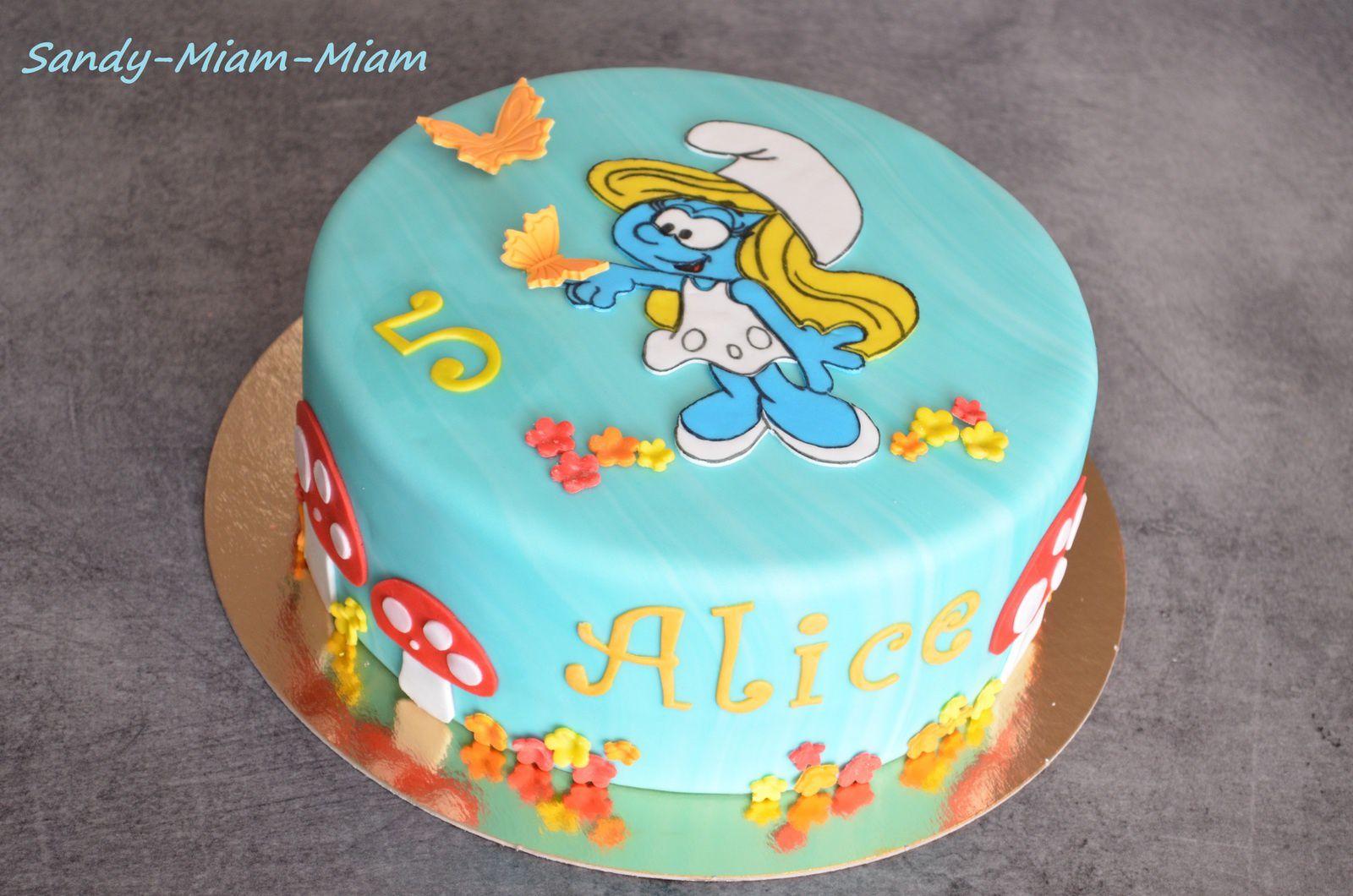 Gâteau pâte à sucre Schtroumpfette