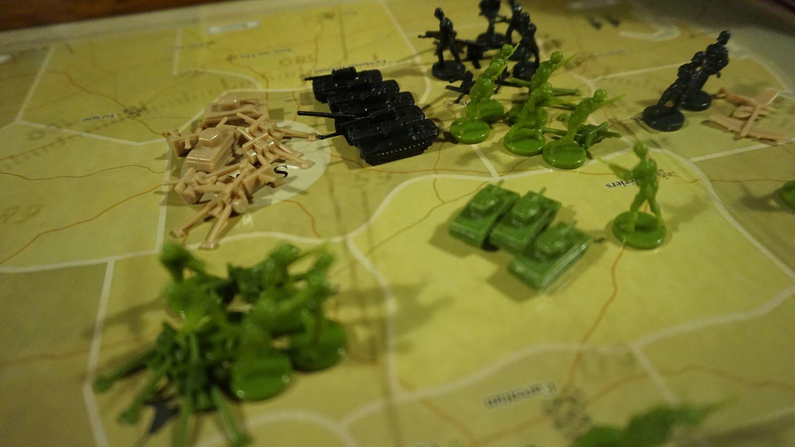 L'allemand blinde St Lo et lance toute ces forces sur Caen ! Et la vous comprennez l'importance de l'aviation pour les alliés, avant d'engager le combat contre les unités terrestres, il faut déjà essuyer les tirs de la RAF..un vrai massacre pour l'Allemand !