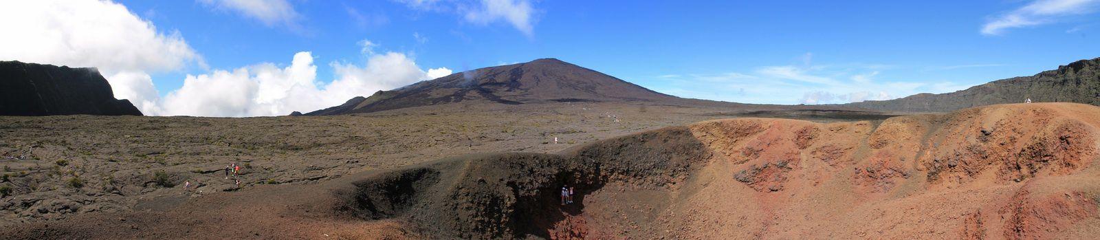 Vue du volcan depuis l'enclos