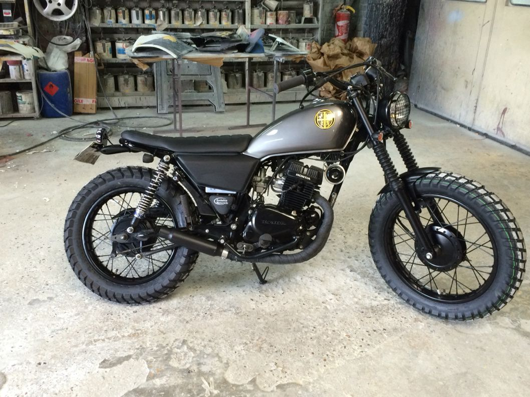 honda cm 125 scrambler evolution motocycle. Black Bedroom Furniture Sets. Home Design Ideas