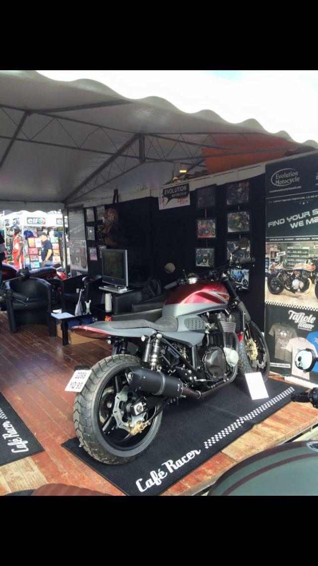 Notre stand au café racer festival