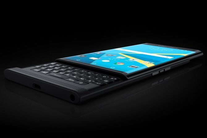 BlackBerry Launches U.S. Preorders for $699 Priv Android Slider Phone