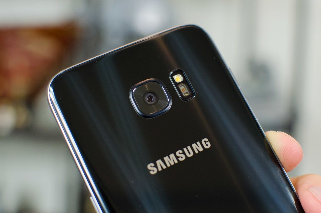 Samsung Galaxy S7 Edge Review - Latest Tech News and Reviews