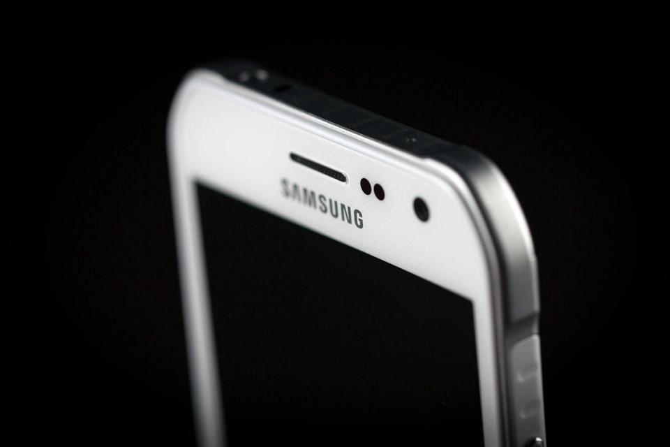Samsung Galaxy S7 Active rumors and news