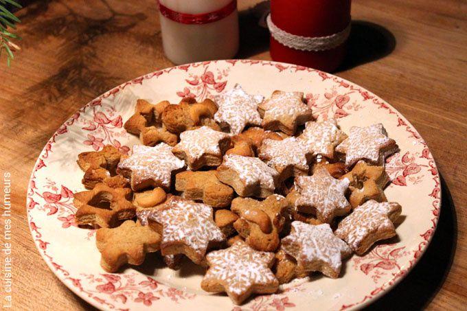 Jolis biscuits de noël sans glaçage