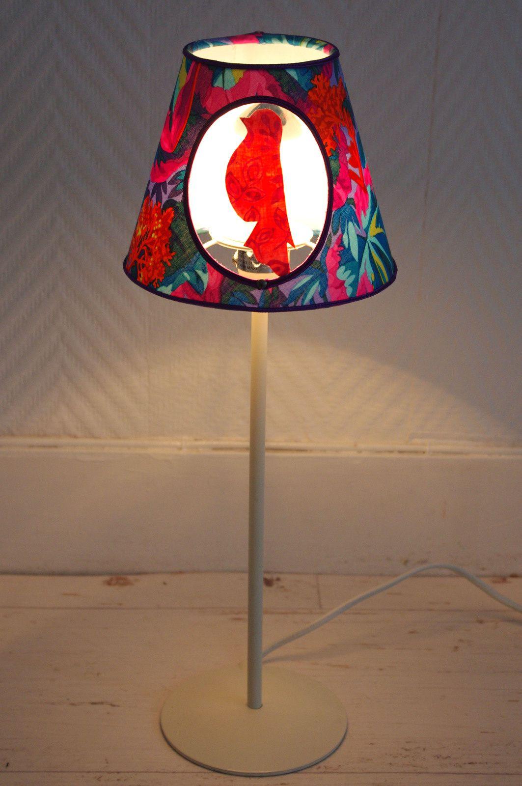 lampe de chevet oiseau l 39 abracadabroc. Black Bedroom Furniture Sets. Home Design Ideas