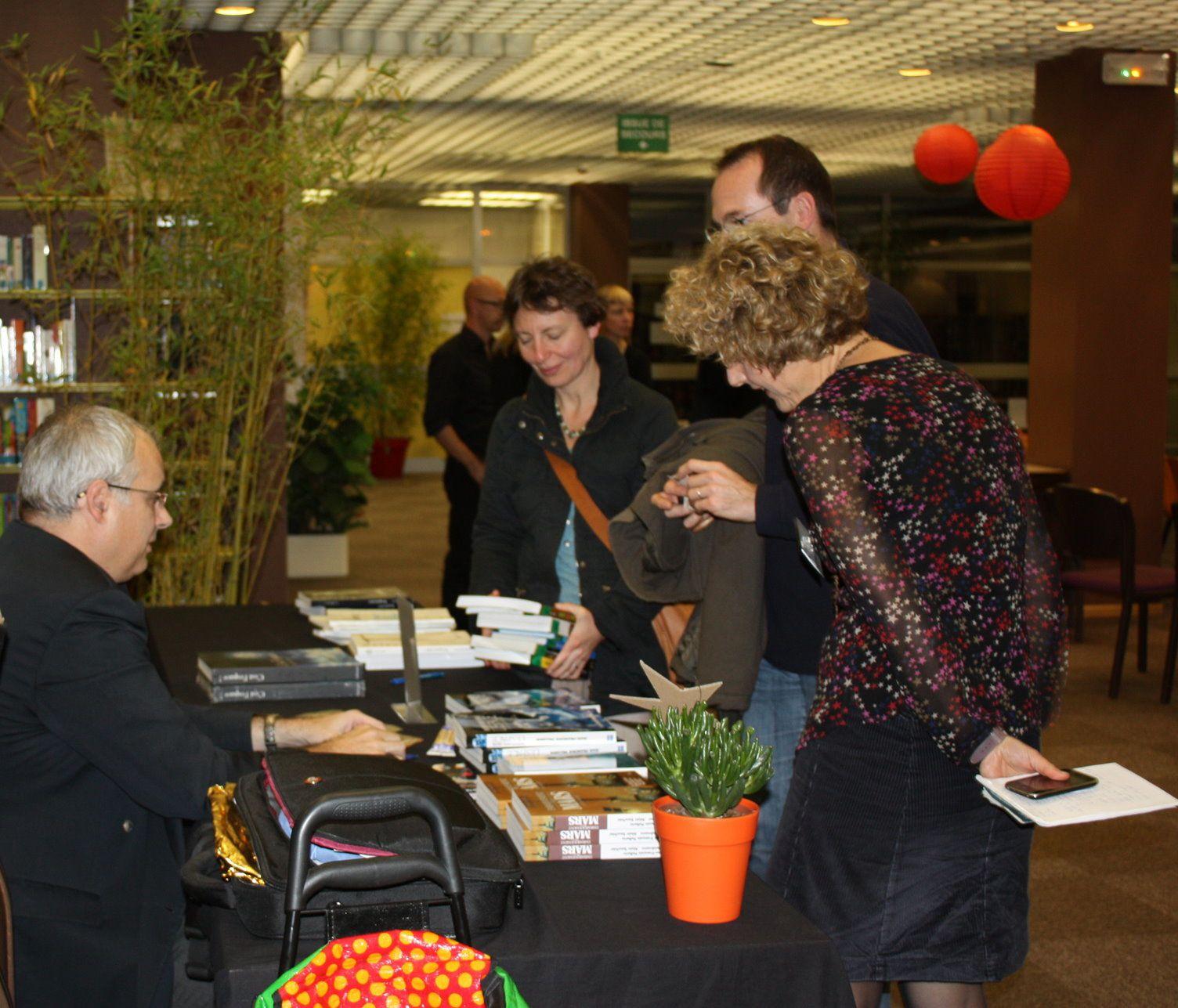 Succès de 'TOUT MULHOUSE LIT 2013', la treizième édition du Salon du Livre de Mulhouse, avec la présence de Jean-François PELLERIN et de Gérard Azoulay