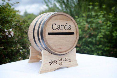 decoration mariage vin urne mariage tonneau