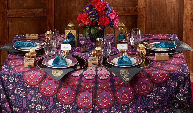 mariage oriental d coration table. Black Bedroom Furniture Sets. Home Design Ideas