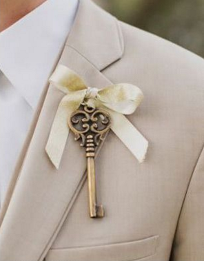 boutonnière mariage clé