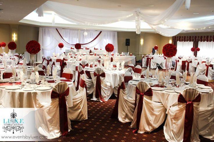 decoration salle mariage ivoire et bordeaux