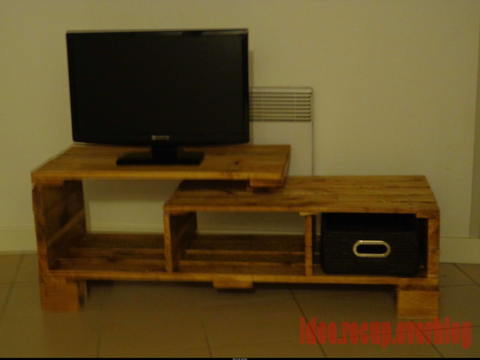 Faire Un Meuble Tv En Palette Maison Design Bahbe Com