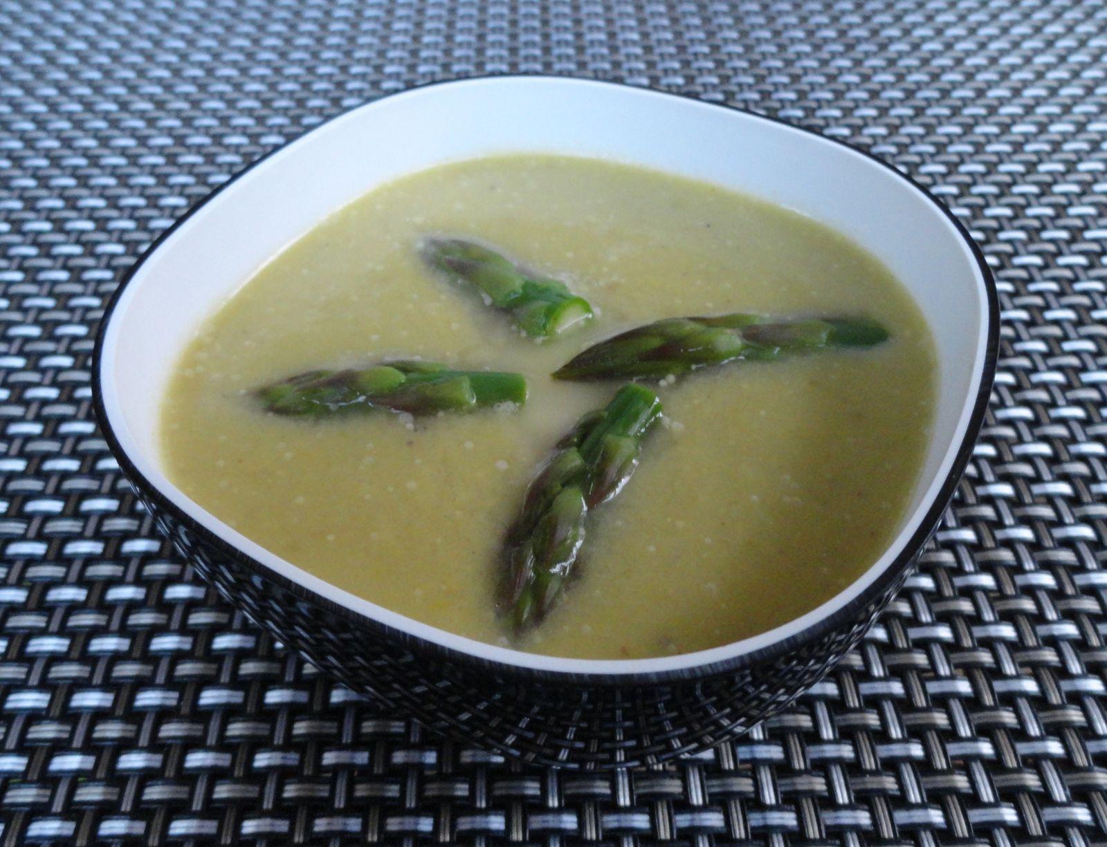 Cr me d asperges vertes pour 6 personnes cuisiner sans gluten - Cuisiner les asperges vertes fraiches ...
