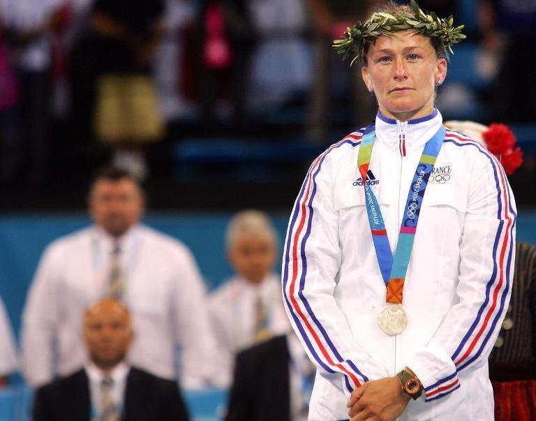 C'est en courageant de voir tous nos athlètes sur le plateforme pour recevoir des médailles que dîtes-vous sur ce sujet.