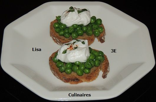 Tartines petits pois - chantilly piment/basilic