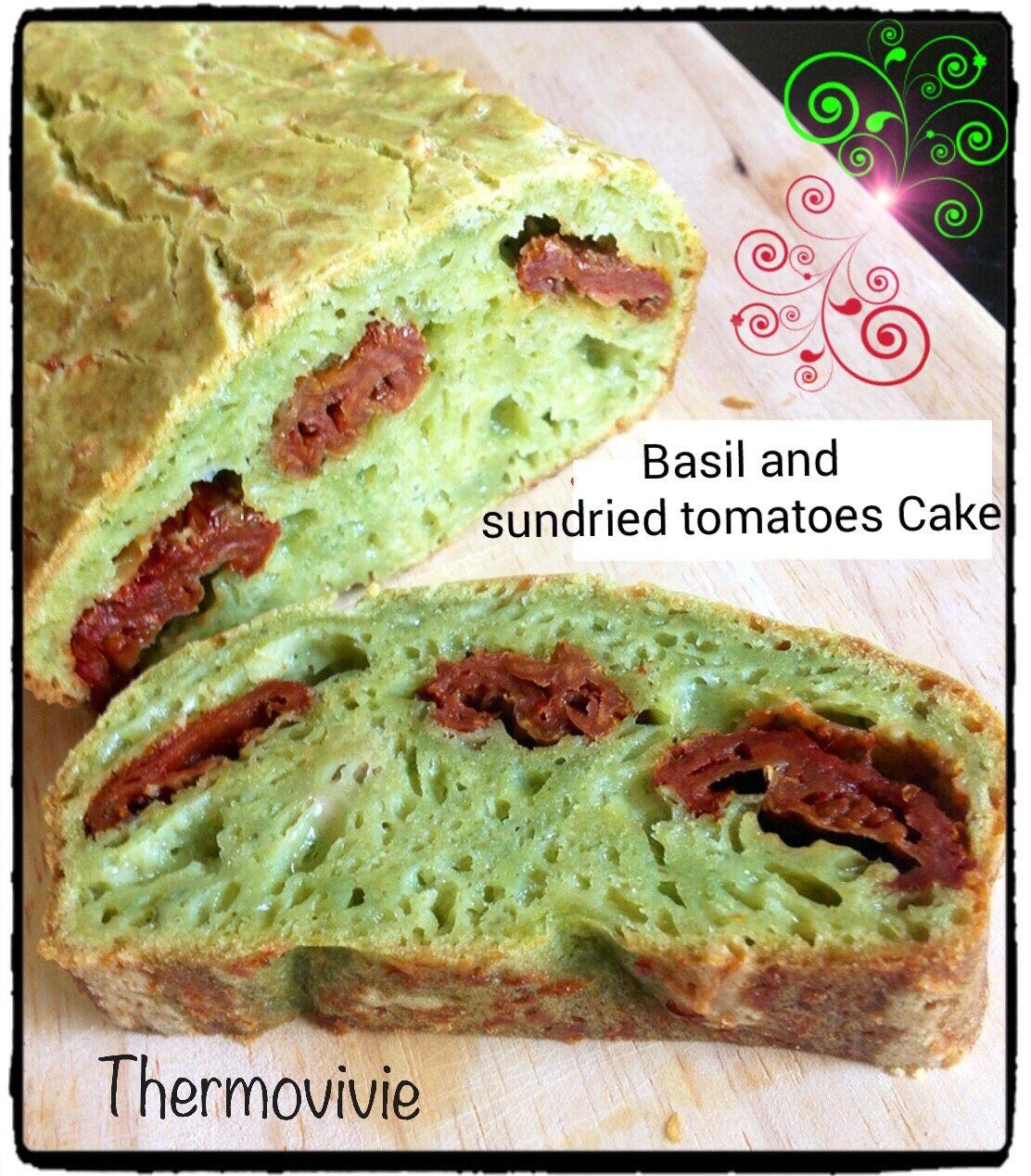 Basil and sundried tomatoes Cake