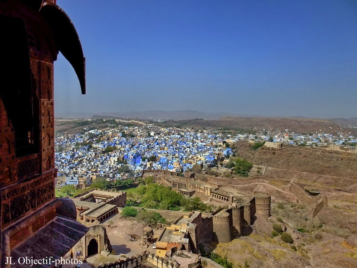 View on the several fortified walls of the city of Jodhpur from the Mehrangarh Fort. Rajasthan India