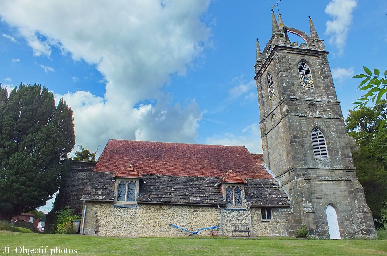 Eglise All Hallows de Tillington, West Sussex, Angleterre.  All Hallows church, Tillington, West Sussex, England