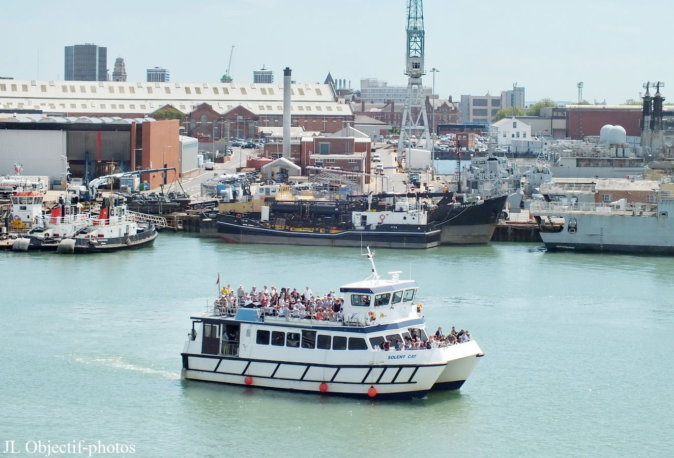 Ferry-boat leaving Portsmouth Harbour