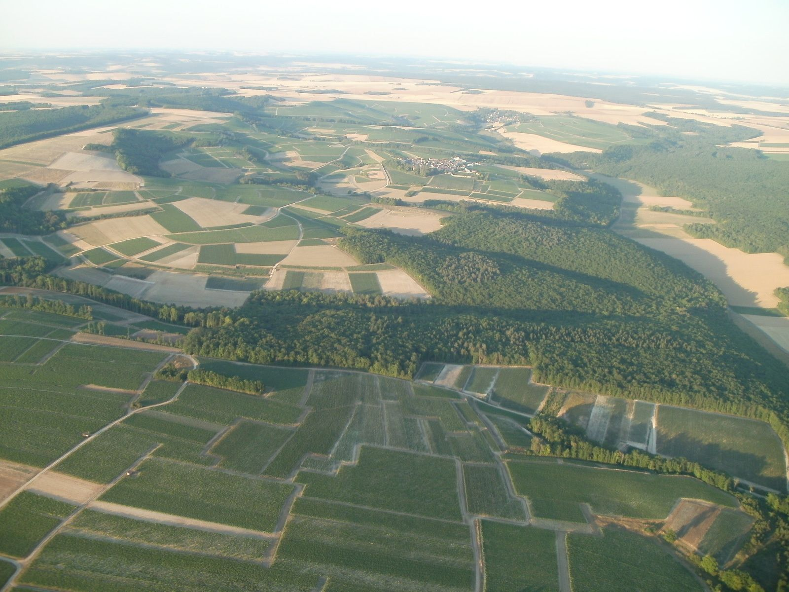 Le mélange de forêts, vignes et cultures est bien sympa à contempler (dernière photo de Christophe)