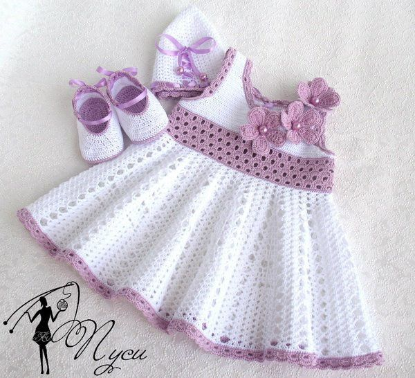 Robe Fillette Et Sa Grille Gratuite Modèles Pour Bébé Au