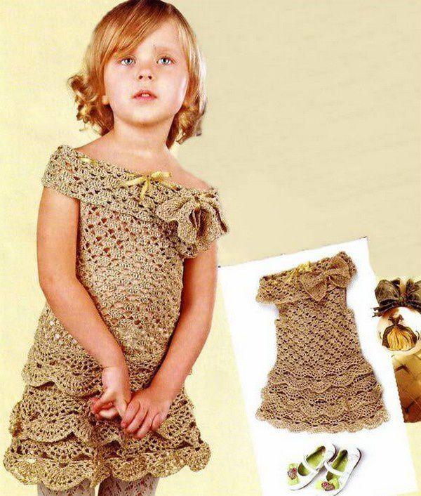 86bf33e9e9a Robe fille et sa grille gratuite ! - Modèles pour Bébé au Crochet