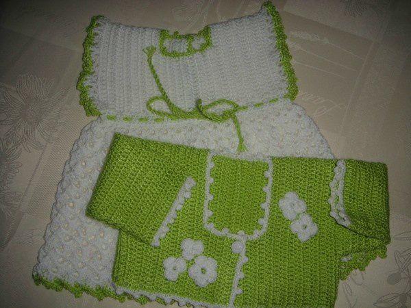 en blanc avec bordure verte