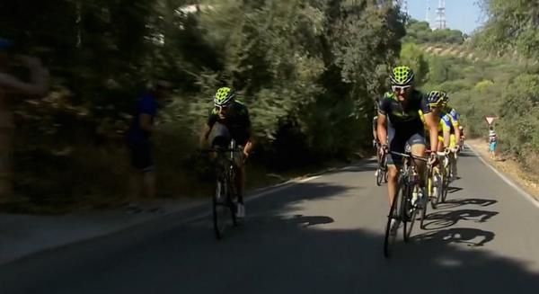 L'attaque d'Alejandro (Twitter Movistar Team)