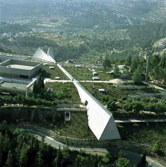 Musée Juif de Yad Vahem, 2005, Jérusalem Israel, architecte Moshe Safdie.