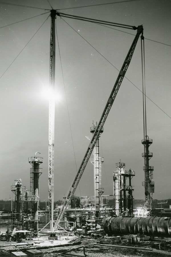 Usine de Lacq : construction de l'unité de désulfuration