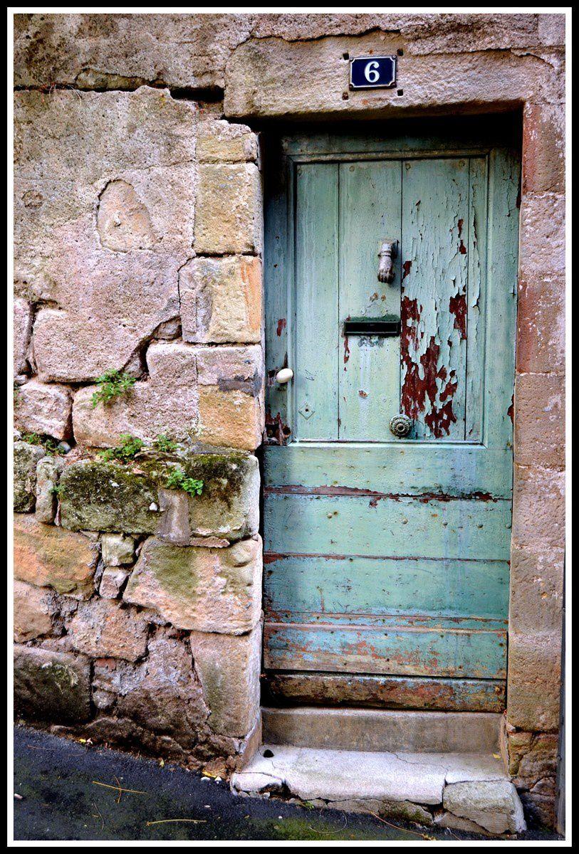 Des portes a l'épreuve du temps.