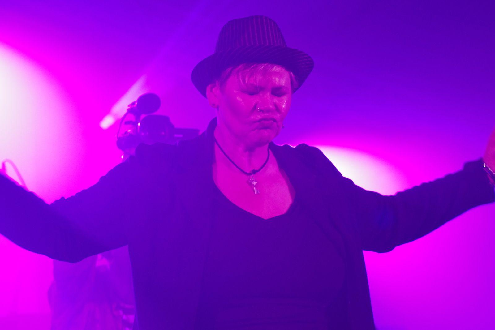 Karen Lovely - 31 mai 2014 - Duvel Blues, Puurs (B)